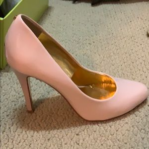 Ted Baker Size 6 Nude Jaxine2 selling for 70